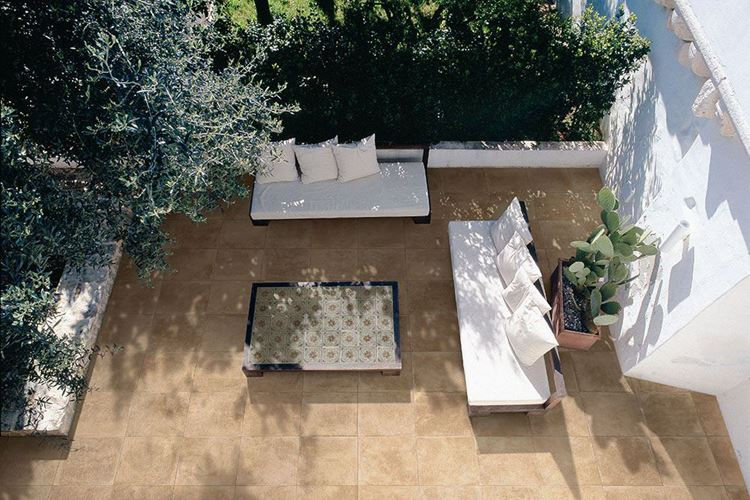Outdoor flooring: trends and ideas
